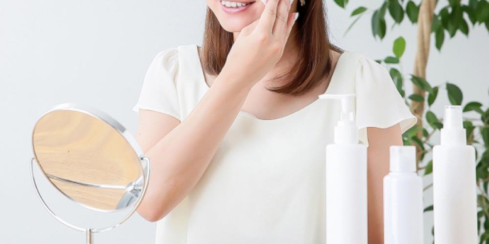シミ予防にはスキンケアも重要! 化粧水はどう使う? 乳液とクリームはどちらが良いの? 美白化粧品ってなあに?