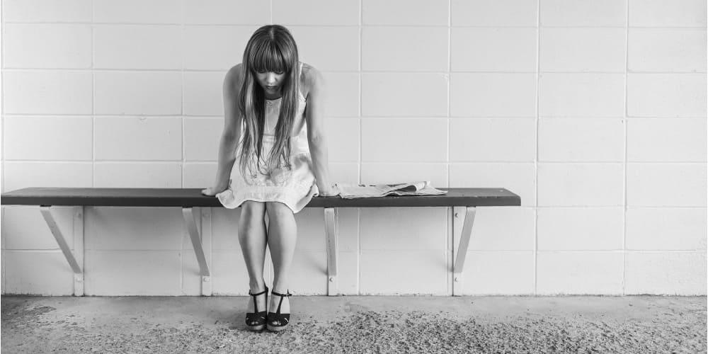ミセルクリニック 大阪梅田院 脱毛で悩んでいる女性